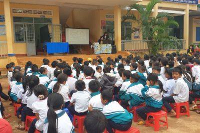 Hôm nay ngày 4/12/2020 trường TH Ama Trang Lơng tổ chức ngày hội rửa tay cho các em học sinh