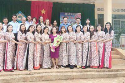Sáng ngày 20/11/2019 Trường Tiểu học Ama Trang Lơng đã long trọng tổ chức lễ kỉ niệm 37 năm ngày Nhà giáo Việt Nam.