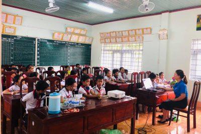 Chiều ngày 25 tháng 11 năm 2020, tại trường Tiểu học Ama Trang Lơng Liên đội tổ chức lớp tập huấn cho Ban Chỉ huy Liên đội và Ban Chỉ huy các Chi đội.
